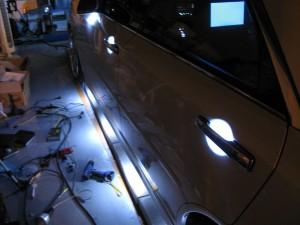 グロリアY34のドアノブ照明とインナーハンドル照明